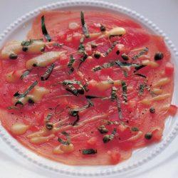 Carpaccio rauwe tonijn